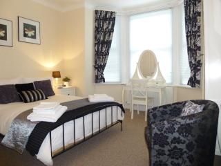 Number 10 self catering - Southampton vacation rentals