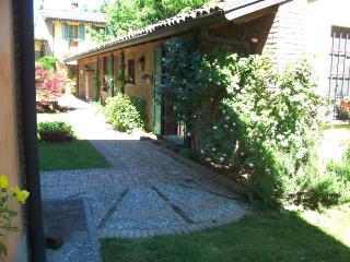 A 30 km da Milano il Molino della Barazzina - Borghetto Lodigiano vacation rentals