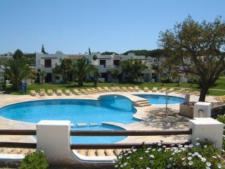 2 bedroom Villa with Internet Access in Albufeira - Albufeira vacation rentals