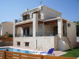Lovely 3 bedroom Tsilivi Villa with Deck - Tsilivi vacation rentals