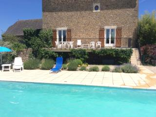 Farmhouse in Montbazens,Aveyron with private pool - Decazeville vacation rentals
