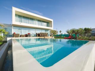 Villa Frankie - Sete vacation rentals