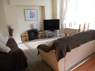 New Sandygate Apartment 2. 2 Adults 2 Ch. - Blackpool vacation rentals