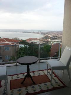 3 bedroom Condo with Internet Access in Buyukcekmece - Buyukcekmece vacation rentals