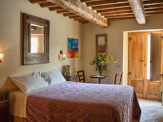 Nice Finca with Balcony and Central Heating - Pieve Santo Stefano vacation rentals