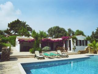 Beautiful 3 Bed Cottage, Private pool near Es Grau - Es Grau vacation rentals