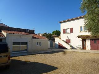 Nice Condo with Garden and Short Breaks Allowed - Laverune vacation rentals