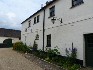 The Coach House, Bragborough Hall Holidays - Warwickshire vacation rentals