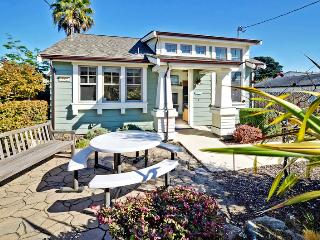 Perfect House with Internet Access and Dishwasher - Santa Cruz vacation rentals