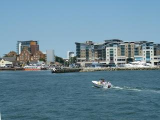 Flat 6 Quayside Close Holiday Apartments - Poole vacation rentals