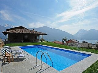 Charming 5 bedroom Villa in San Siro - San Siro vacation rentals