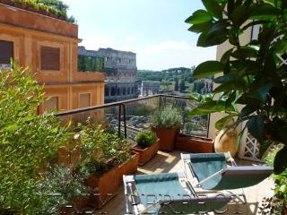 Perfect ExpansiveTerrace With Dramatic, Timeless Coliseum Views- Magnifico - Rome vacation rentals
