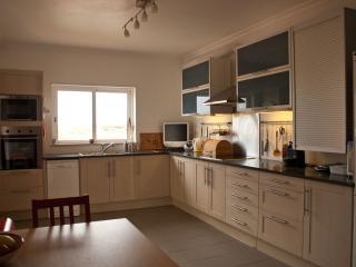 3 bedroom Villa with Internet Access in Carrapateira - Carrapateira vacation rentals
