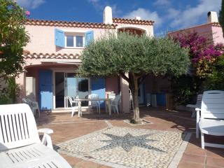 Great Villa sea view, jacuzzi - Cavalaire-Sur-Mer vacation rentals