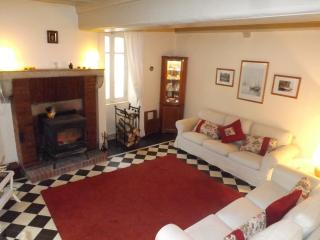 Beautiful House with Internet Access and Satellite Or Cable TV - Beaune vacation rentals