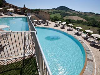 1 bedroom Resort with Internet Access in Riparbella - Riparbella vacation rentals