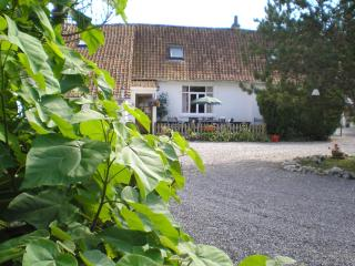 The Cottage, Beussent nr Montreuil-sur-Mer - Beussent vacation rentals