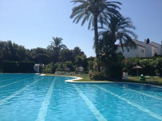 Benamara Cipresses (ground floor) - wifi & air con - Estepona vacation rentals
