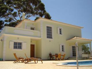 CASA ARVORE Family Villa With Pool, Quiet Setting - Moncarapacho vacation rentals