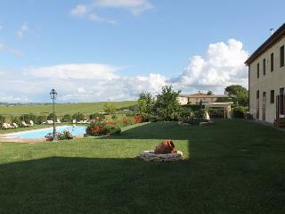 2 bedroom Condo with Internet Access in Brolio - Brolio vacation rentals