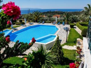 Oneira Villas DeLuxe - Amalia - Trapezaki vacation rentals
