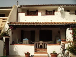 Cozy 3 bedroom House in Siniscola - Siniscola vacation rentals
