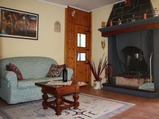 Holidays in Gittana, Lake view 4p. family apt Gim1 - Perledo vacation rentals