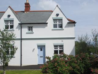 Convenient Cushendall vacation Cottage with Satellite Or Cable TV - Cushendall vacation rentals