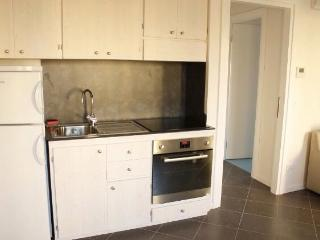 Cozy 1 bedroom Jesolo Apartment with Washing Machine - Jesolo vacation rentals