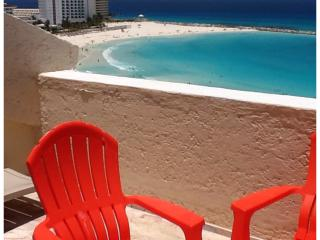 On the beach at the night life.   penthouse condo - Cancun vacation rentals
