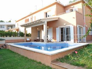 Villa Oliveres d'Alcanada - Alcudia vacation rentals
