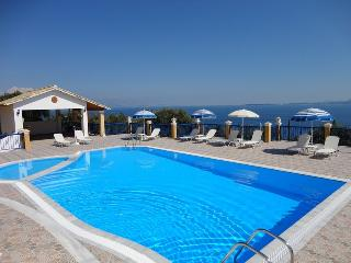 Lovely 1 bedroom Barbati Apartment with Short Breaks Allowed - Barbati vacation rentals