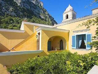 Appartamento Belcuore A - Nerano vacation rentals