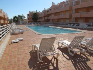 Casa Quinta poolside apartment with free wi fi - Tavira vacation rentals