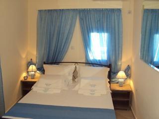 Villas Anafiotika - Anafi vacation rentals