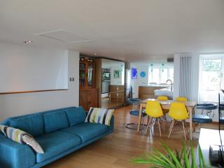 Gorgeous 5 bedroom Broadstairs House with Internet Access - Broadstairs vacation rentals