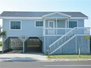 "130 Palmetto Blvd - ""Not Too Crabby"" - Edisto Beach vacation rentals"