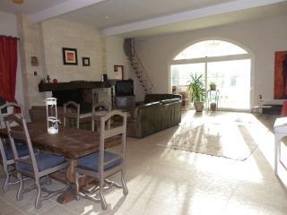 MAISON DE CAMPAGNE AVEC PISCIN - Perissac vacation rentals