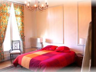 Chateau des Saveurs Badiane - Criquetot-l'Esneval vacation rentals