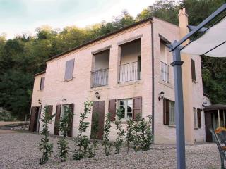 La Casa nel Bosco - Ripatransone vacation rentals