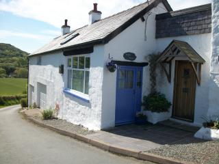 Romantic 1 bedroom Conwy Cottage with Internet Access - Conwy vacation rentals