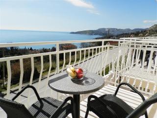 Villa Samba - One-Bedroom Apt. with Sea View No.3 - Plat vacation rentals