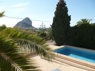 Villa Claudina in Calpe with Wi-Fi, Air Con & more - Calpe vacation rentals