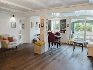 2 bedroom Apartment with Internet Access in City of Venice - City of Venice vacation rentals