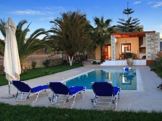 Villa next to the beach, no car needed! - Sfakaki vacation rentals