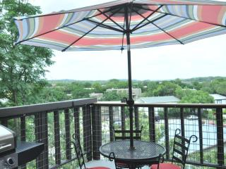 20% off thru Feb-The Heart House by Zilker w/ view - Austin vacation rentals