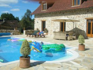 Perfect 3 bedroom Coussac Bonneval House with Television - Coussac Bonneval vacation rentals