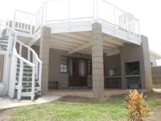 Beautiful 2 bedroom Cottage in East London with Internet Access - East London vacation rentals