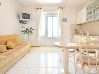 Bol Regina Studio apartment - Bol vacation rentals