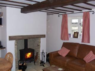 2 bedroom Cottage with Internet Access in Kingham - Kingham vacation rentals